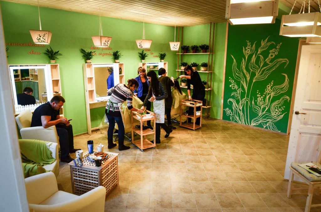 Натуральный уход за волосами в Студии зелёной